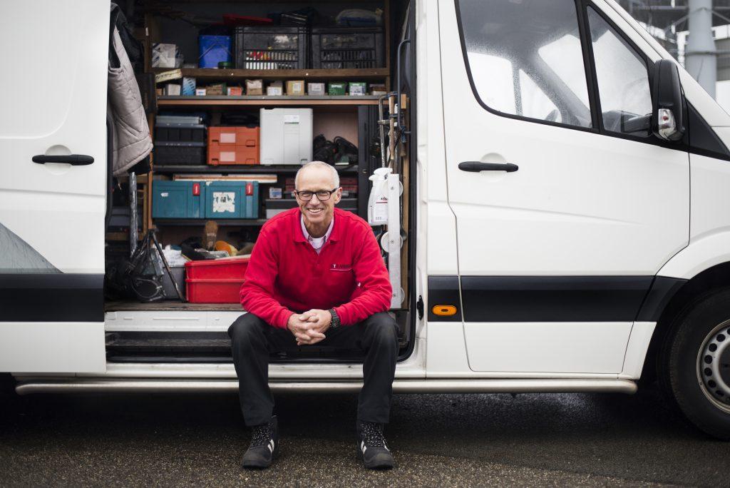 UTS Nederland - handyman bij bus